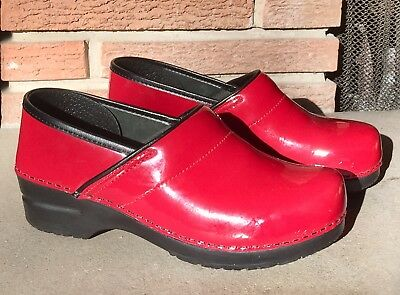 Women's Red Patent Leather Dansko Professional Clogs Size 40 UK/9.5-10 US