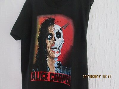 A very good condition T shirt from Alice Cooper,s TRASH Tour