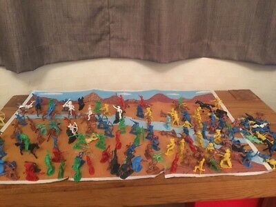 Toy Cowboys  And Indians Wild West Play Set With Box