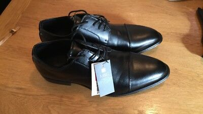 Mens black leather lace up formal shoes Size 9 M&S Brand New With tags