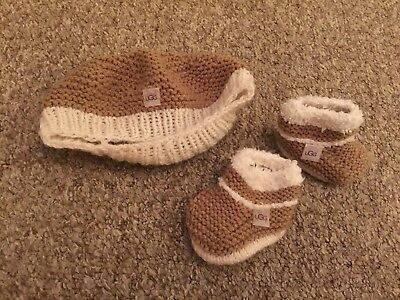 baby ugg hat and booties
