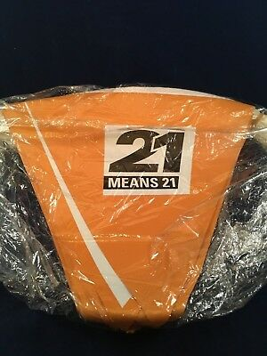 21 Means 21 String Banner Flags 27'