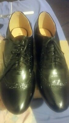 brouges black barrats size 8 new with box patent leather