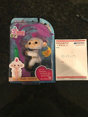 Wowwee Fingerlings White Monkey Sophie New In Unopened Original Package