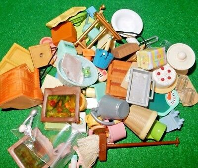 Calico Critters, Sylvanian Families LOTS OF MINIS SPARES lids dishes food  LOT 6