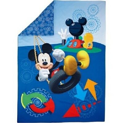 Disney Mickey Mouse Toddler Bedding  ( Comforter  Only )