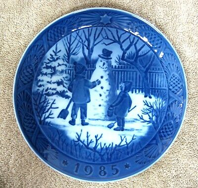 1985 Royal Copenhagen Christmas Plate Denmark The Snowman Danish Blue