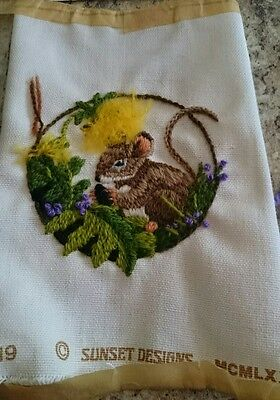 Jiffy Stitchery Baby Meadow Mouse Partly #519 Complete