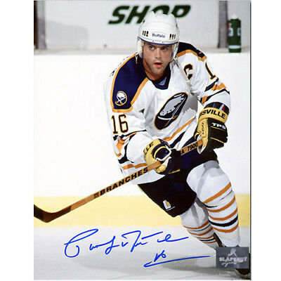 Pat LaFontaine Buffalo Sabres Signed 8X10 Action Photo