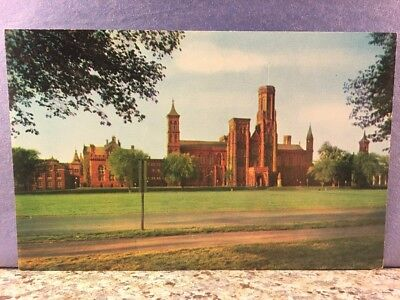 POSTCARD SMITHSONIAN Institution founded by James Smithson