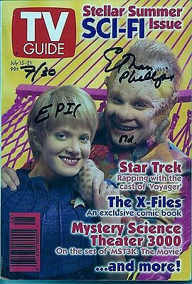 Autographed TV Guide # 2207 ScI-FI Spectacular!Voyager,X-Files FREE SHIPPING !!!