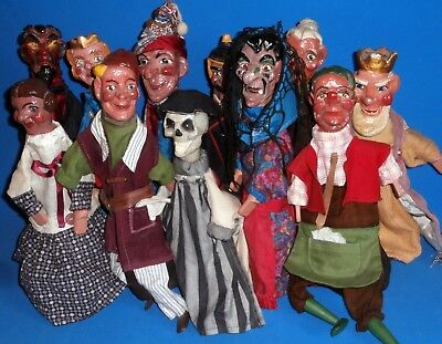Punch  & Judy  set of  11 character Hand puppets  splendid /gorgeous clothes