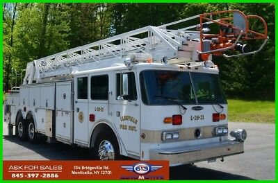 1988 Pierce Arrow Fire Truck Used 105 Foot Ladder Priced to Sell