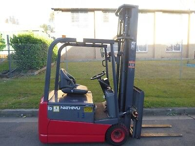 Refurbished Nichiyu Container Mast Forklift, Low hours, Battery with Warranty !