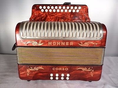 HOHNER  CORSO   ACCORDION  HARMONICA  3reeds CF  fully  working !!!