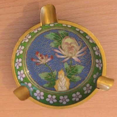 CLOISONNÉ  ROUND ASHTRAY - TURQUOISE UNDERSIDE & SIDES with FLOWER INNER PATTERN