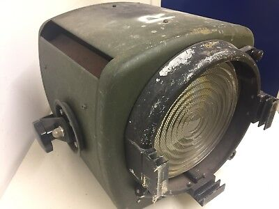 Authentic Strand Patt 743 vintage theatre light (fresnel) - WORKING & with lamp