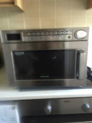 Samsung Commercial Microwave Cm1029