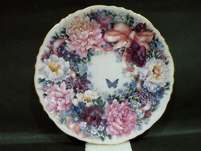 Bradex Collector Plate - Circle of Love - Floral Greetings from Lena Liu vgc