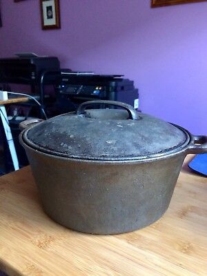 4 litre cast iron lidded casserole or camp dutch oven for indoors camping BBQ