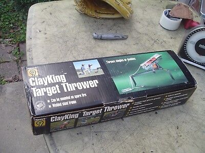 Hoppe's 9 ClayKing Clay Target Thrower in Box Throws Singles or Doubles