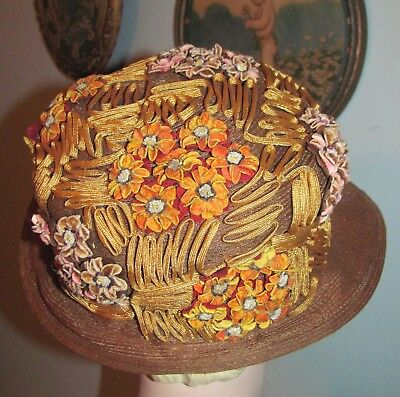 Lovely 1920's Ladies Flapper Ribbon Straw Hat Cloche