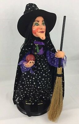 "Annalee Halloween Witch Doll 2004 26"" with Broom and Apple"
