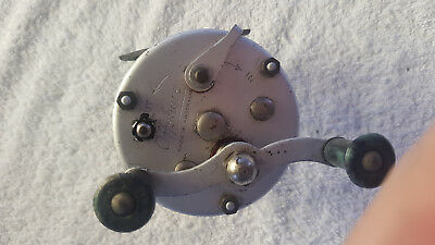 Vintage Offshore casting reel . Made in Australia.