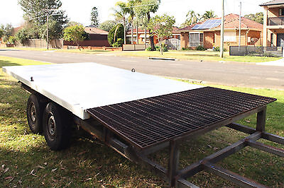 Car Carrier Tip Tilt Trailer Heavy Machinery Tractor Flat Tray Good For Pallets