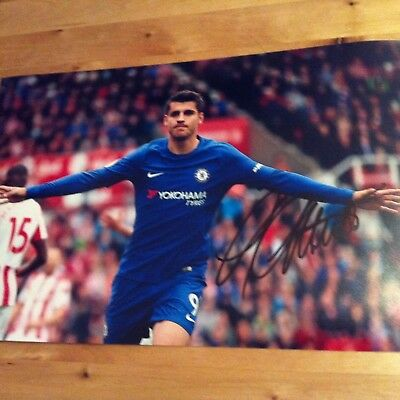 CHELSEA Alvaro Morata 12x8 photo 2017-2018 SIGNED