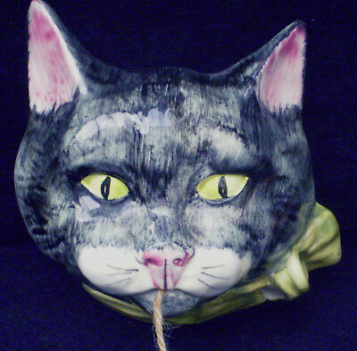 Toni Raymond Black n' Gray Moggycat with Green Bow Wall Mounted String Holder
