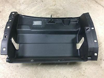 Holden Commodore Vt Glove Box Inner Rear Housing In Good Condition