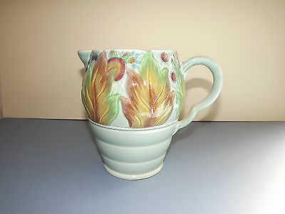 Clarice Cliff Large Jug with Leaves & Berries (72,277)