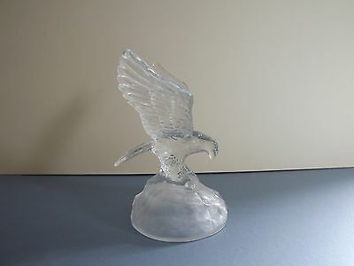 Cristal D'Arques Eagle Glass Sculpture / Figurine (72,200)