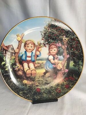 The Hummel plate collection Little Companions