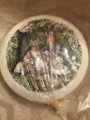 Royal Doulton Brambly Hedge Trinket Box Poppies Babies - NEW BOXED - PERFECT