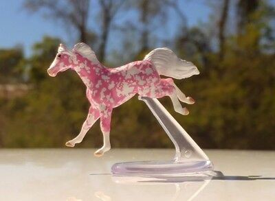 Mini Whinnies Pink Strawberry Surprise Jumping horse
