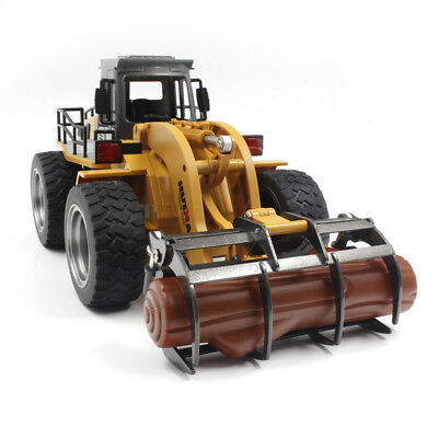 lifelike 1:18 2.4G Six-channel Rc Fork Excavator Tractor Construction Metal Fork