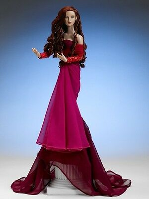 --- Tonner DESIRE Limited edition 100, sold out, extra beautiful ---