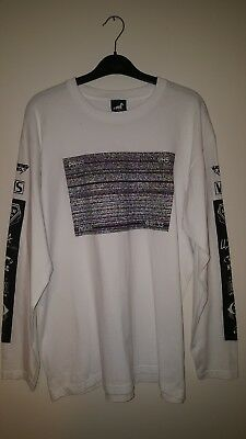 Urban Outfitters t shirt Size M VHS Urban Renewal