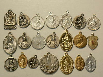 Religious Catholic Medals & Medallions Lot of 21 #G7876