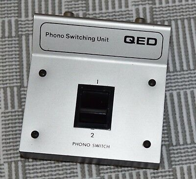 QED Phono Switching Unit - switch between two turntables - ***FREE POSTAGE***
