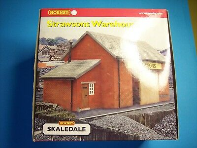 4off Hornby and Scenix 00 scale Station Yard & Town Buildings LNER LMS GWR & SR