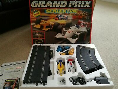 Vintage scalextric grand prix set
