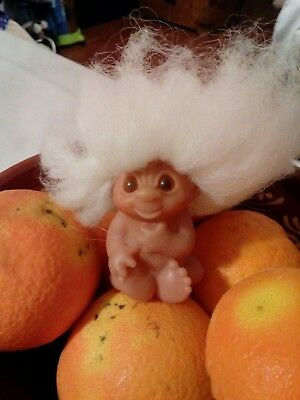 Vintage 1985 Dam Troll New Born Baby Infant White Hair made in China (b)