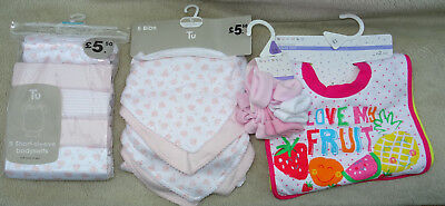 Baby Girls Bundle NEW WITH TAGS ~ bibs socks, bodysuits up to 3 months