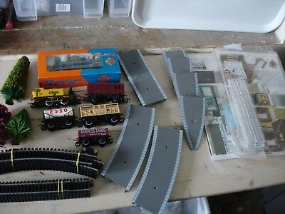 Hornby Lima Roco Tri-Ang Lima Oo Model Train Mixed Lot Trees Buildings Platform