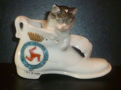 GEMMA Crested China Model of a Cat sat in a Boot. Crest of Isle of Man