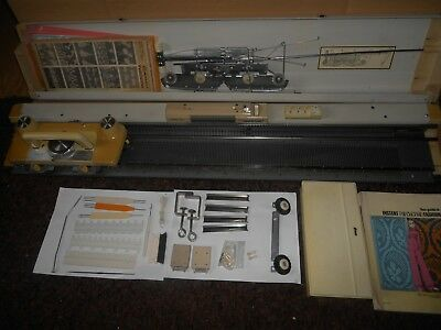Knitmaster 323 Knitting Machine Complete With Accessories & Instruction Empisal