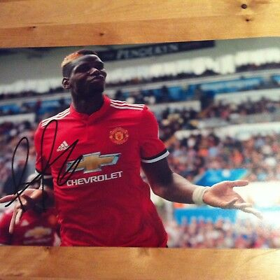 MANCHESTER UNITED Paul Pogba 12x8 photo 2017-2018 SIGNED